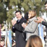 MALVINAS ARGENTINAS SE VISTIÓ DE CELESTE Y BLANCO | 3 mil niños prometieron lealtad a la Bandera Nacional